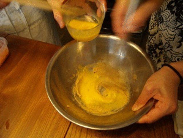 画像3: 型が無くても牛乳パックで簡単 にんじんでケーキ