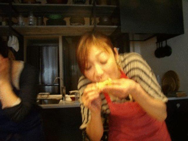 画像8: 昭和の愛すべき2アイテムが合体! ポテサラハムカツ チーズ乗せ