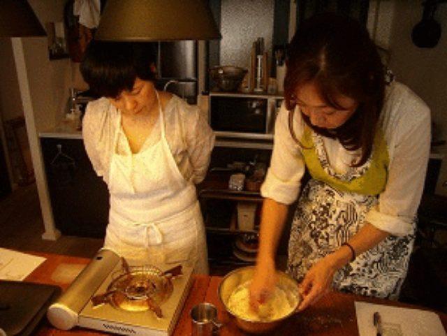 画像2: いつものカレーに チーズナン