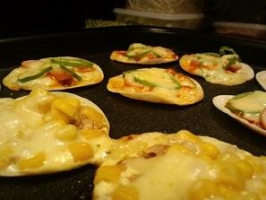 画像5: 餃子の皮でピザ!!