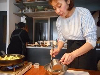 画像2: 青のりちりめんじゃこのチーズ揚げパン