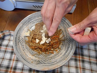 画像5: メープルシロップのきんぴらごぼう チーズかけ