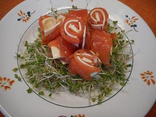 画像4: サーモンとチーズのサラダ グレープフルーツドレッシング