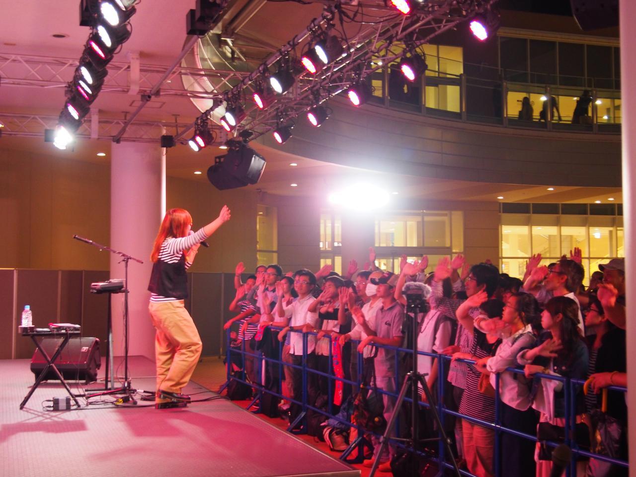画像: 最後は観客の皆さんも一緒に大盛り上がりでした!
