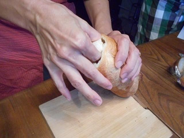 画像4: 卵とチーズのバケットサンド