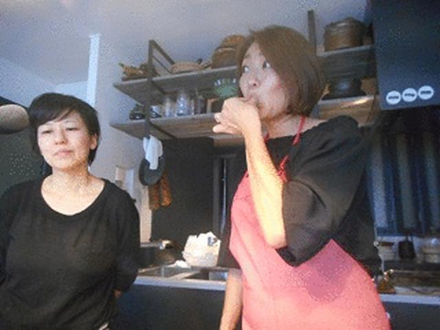 画像4: 抹茶と黒豆の茶巾