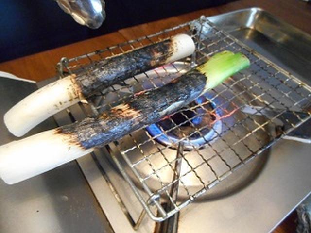 画像: このくらい焼いちゃいます。 全体を焼くのでまだまだ!!