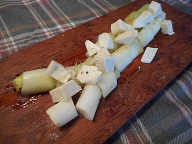 画像6: 丸ごとネギ焼きのチーズ乗せ