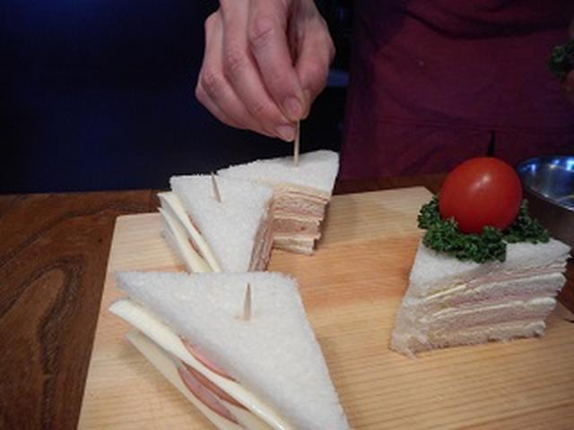 画像4: ショートケーキ風サンドイッチ