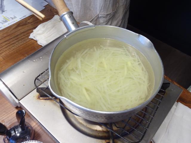 画像3: 千切りポテトサラダ