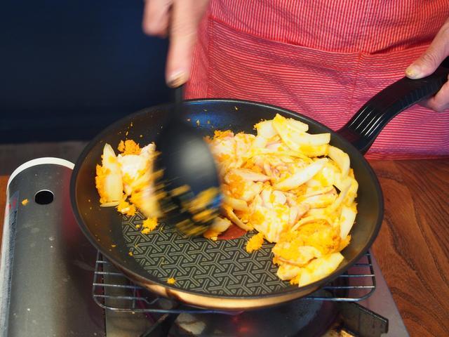 画像3: 鶏肉のケチャップ炒めチーズ乗せ