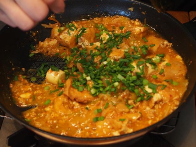 画像5: キムチのマーボー豆腐風