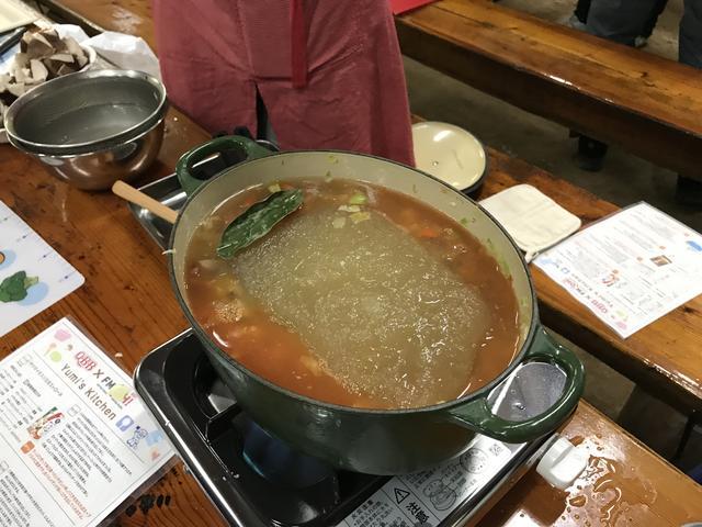 画像: (こちらは、先生特製スープを凍らせていたものです。)