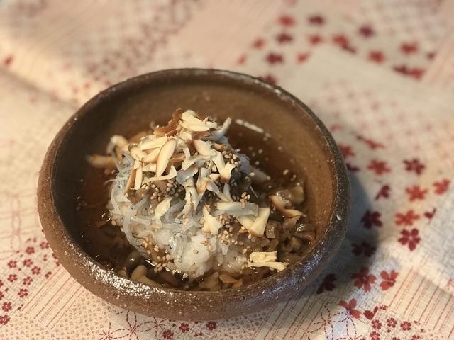 画像4: チーズ入りごはんの烏龍茶漬け