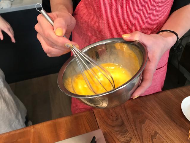 画像2: チーズオムレツのとびこのせ