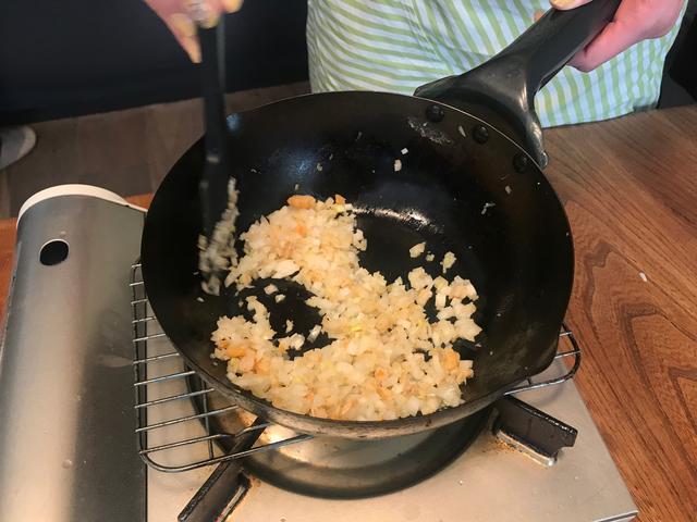 画像3: 干し海老とジャガイモとチーズの炒め物