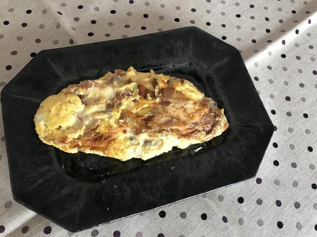 画像5: スモークチーズの贅沢オムレツ