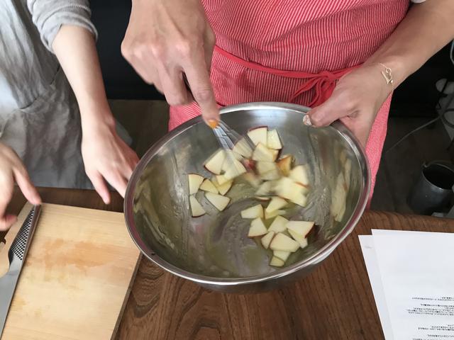 画像3: リンゴとチーズのサラダ