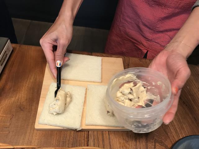 画像2: 栗金団とチーズデザートのサンドイッチ