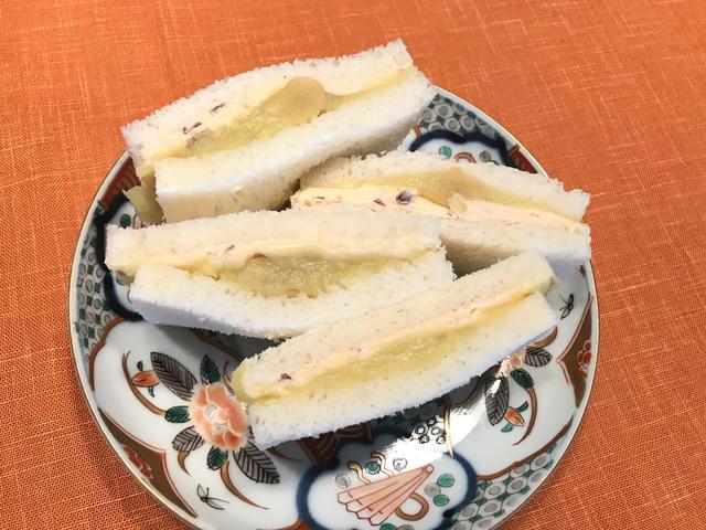 画像4: 栗金団とチーズデザートのサンドイッチ