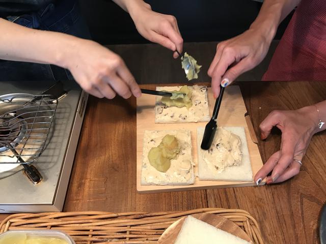 画像3: 栗金団とチーズデザートのサンドイッチ
