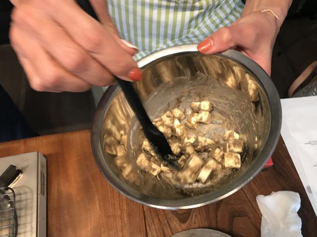 画像1: チーズのカニ味噌和え