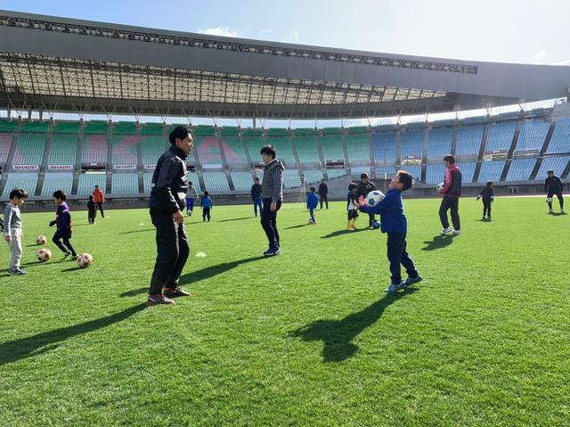 画像2: 親子で楽しむセレッソ大阪スペシャルサッカー教室