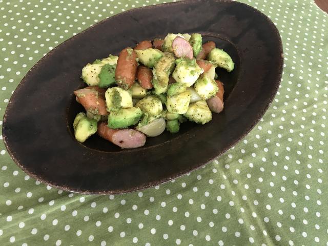 画像6: 丸ごとニンニクとアボカドの炒め物