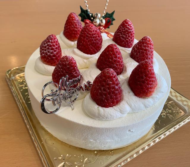画像: (こちらのケーキは18cmです!)