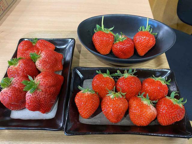 画像1: ★今日は自然派スーパーマーケット「パントリー&ラッキー」さんの『イチゴ』をご紹介!