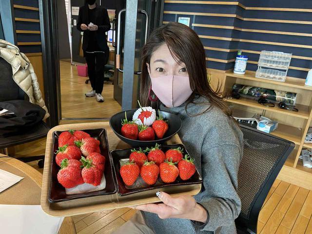 画像2: ★今日は自然派スーパーマーケット「パントリー&ラッキー」さんの『イチゴ』をご紹介!