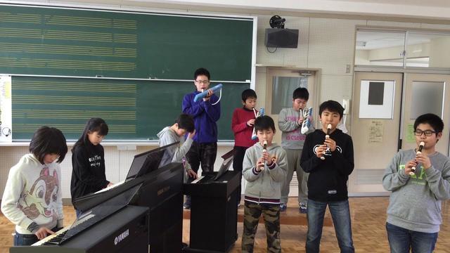 画像: 第43回 小さな音楽会「くじらんフィルハーモニー楽団」 youtu.be