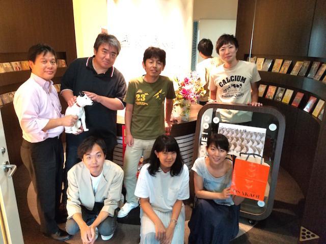 画像: 【ビクターエンターテインメント大阪オフィスのみなさんへ お昼休み餃子化計画!】