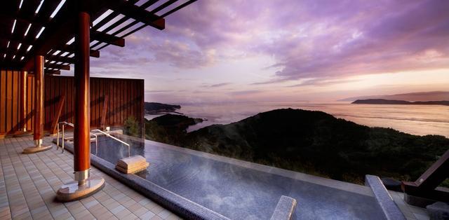 画像: 天空の湯 | 休暇村紀州加太【公式】