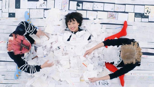 画像: 【世界初!】I 御中~文房具屋さんにあった試し書きだけで歌をつくってみました。~ / the peggies www.youtube.com