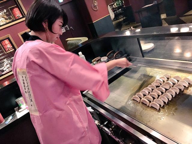 画像1: 「大阪王の餃子」今年も振舞いました♥