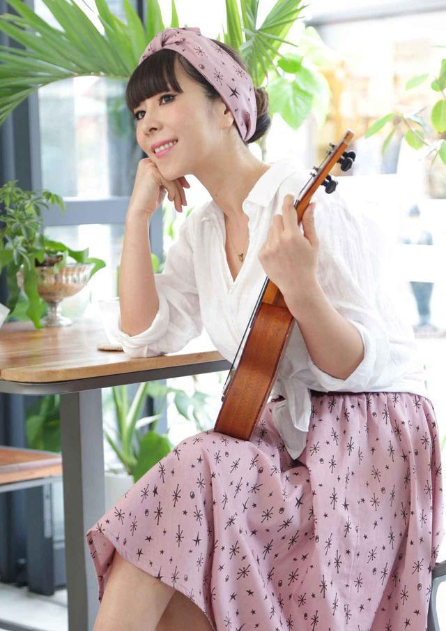 画像1: 8/14 デビュー20周年!ジャズ・シンガーの「akiko」さんが登場!