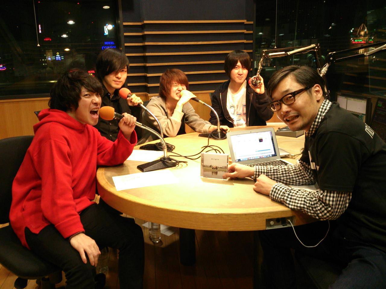 画像: 本日1組目のゲスト☆KANA-BOON