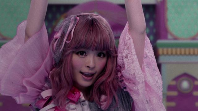 画像: きゃりーぱみゅぱみゅ - 良すた【Full ver.】 , KYARY PAMYU PAMYU - Easta【Full ver.】 youtu.be