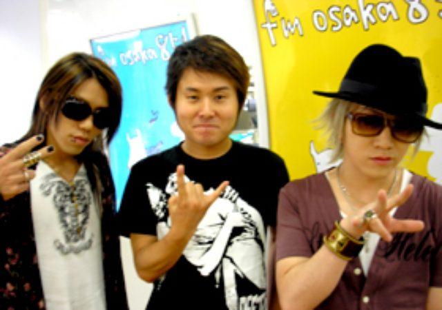 画像: the GazettE VO:ルキ & Gt 葵