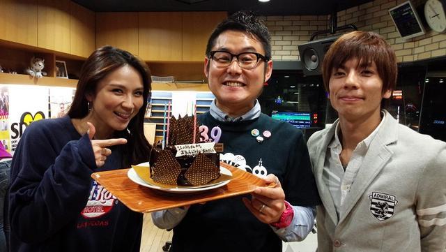 画像: オジーも好きなチョコレートケーキ。