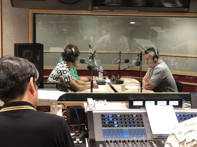 画像: 7/27放送分は東京のスタジオで収録です。