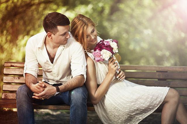 画像: ② 過去の愛情表現と比較していませんか?