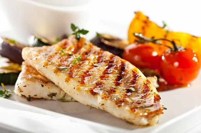 画像: 血管年齢のアンチエイジング ①お肉よりお魚を食べる