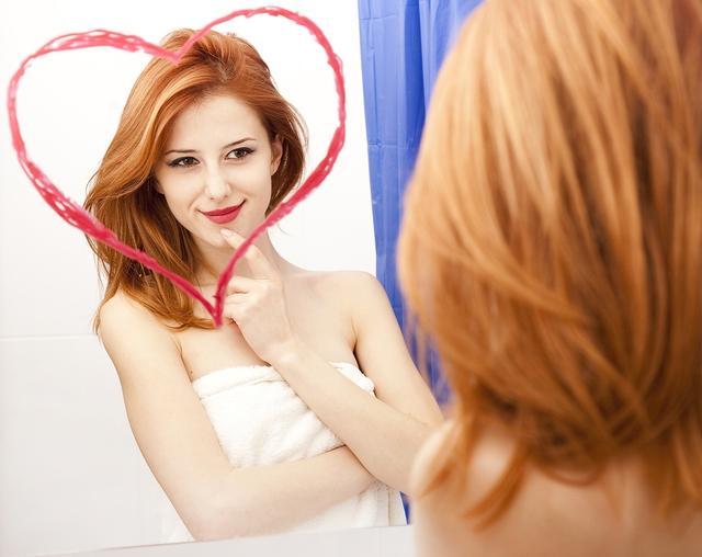 画像: 毎日鏡を見て、ニヤニヤ…