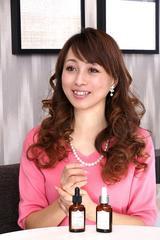 画像: 渡辺美奈代さん www.fracora.com