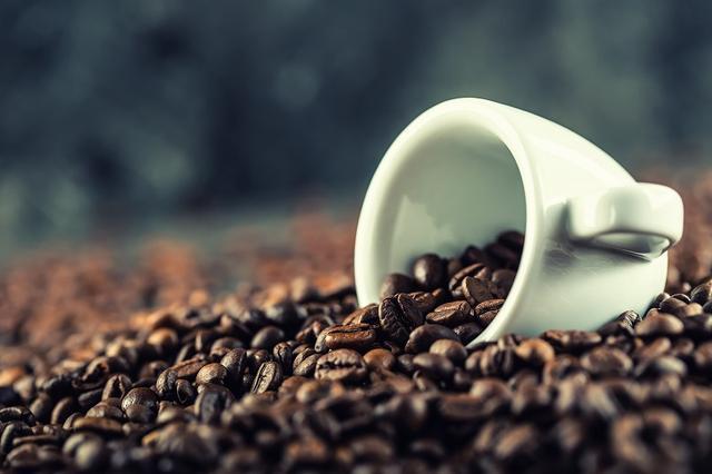 画像: 対処法③カフェインをやめる