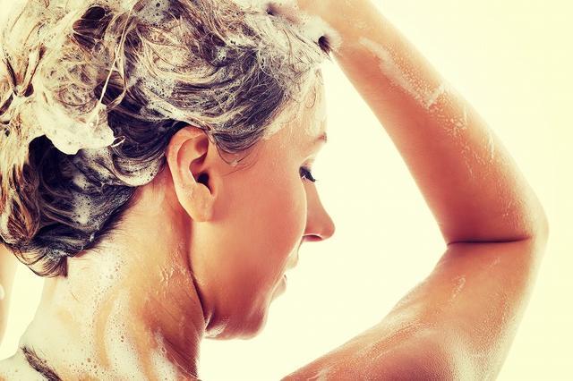 画像: ポイント③洗う方向は常に下から