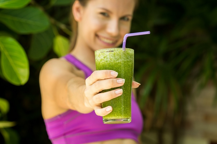 画像: 青汁で体に負担の少ないダイエットをしましょう