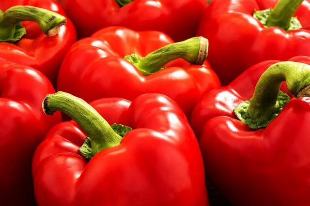 画像: 食生活に気を配るとシワのできにくい体質を作れる